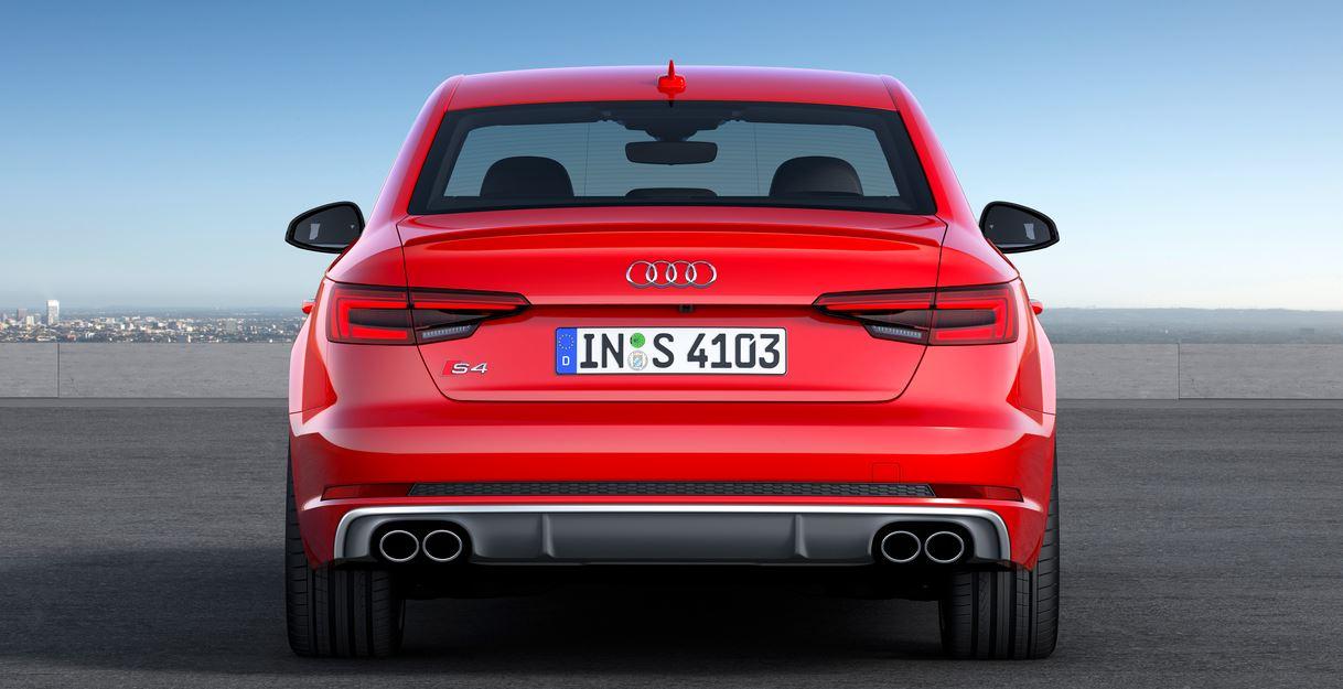 Audi S4 02