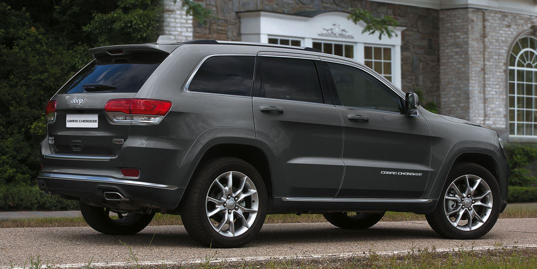 Jeep Grand Cherokee Summit Platinum 01