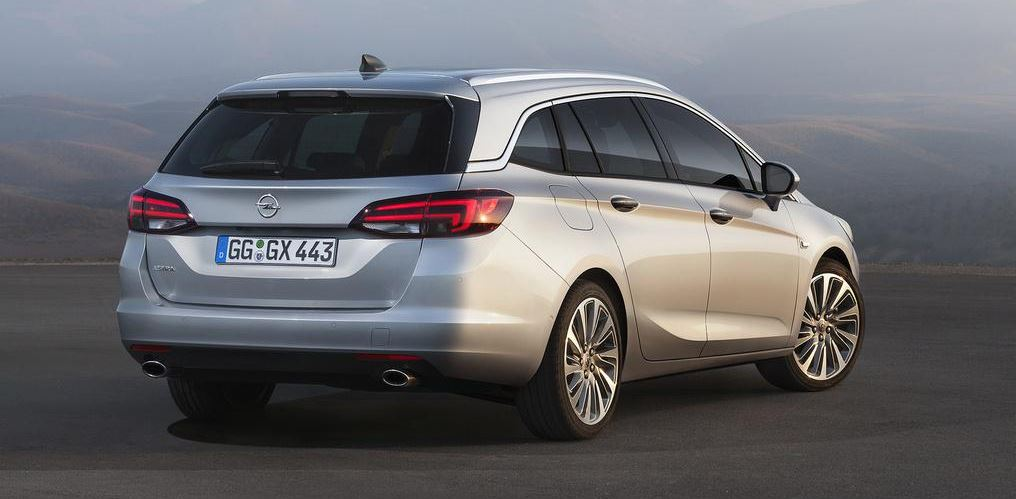 Opel Astra Sports Tourer 01