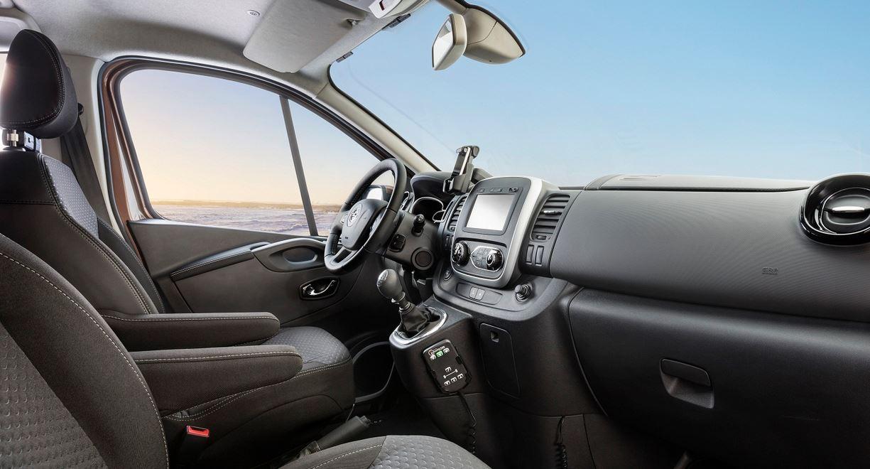 Opel Vivaro Surf 02
