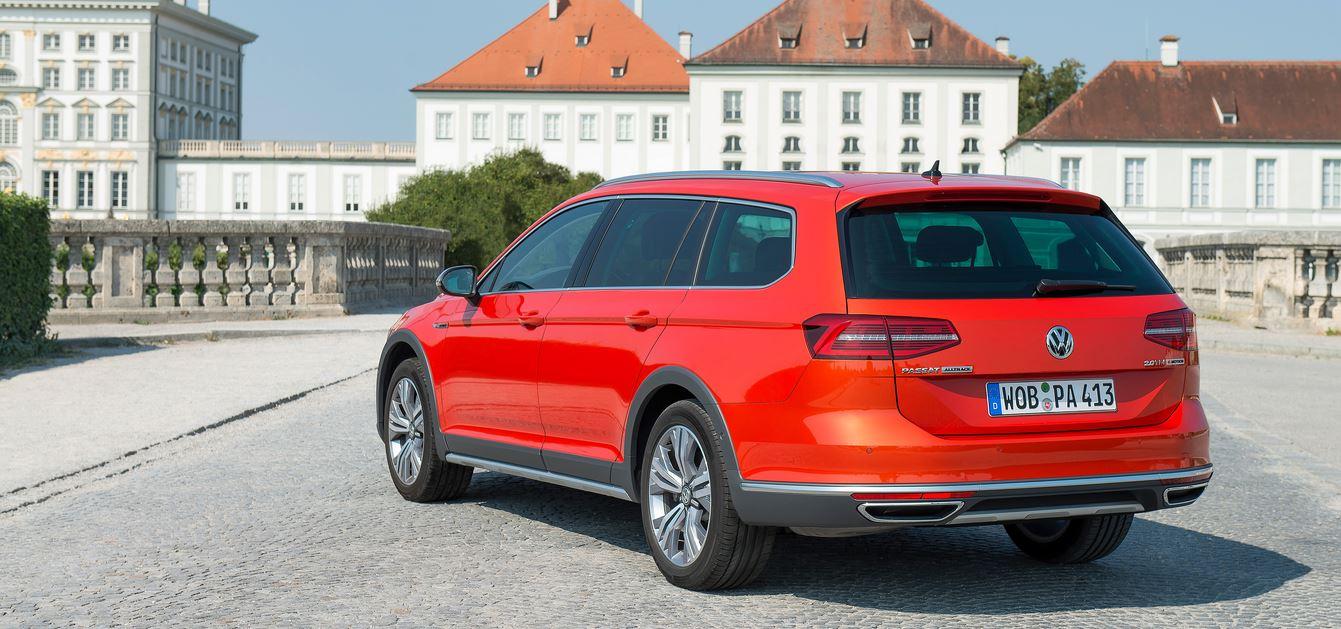 Volkswagen Passat Alltrack 01