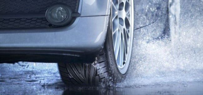 neumatico lluvia