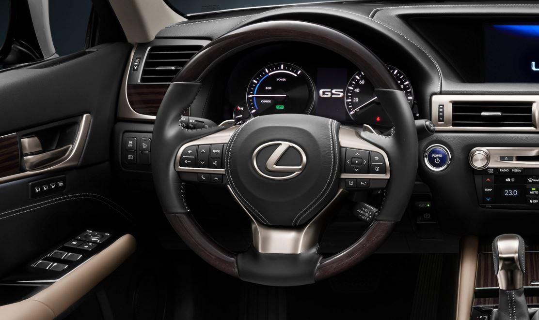 Lexus GS300h 07