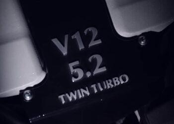 aston martin v12 twin turbo