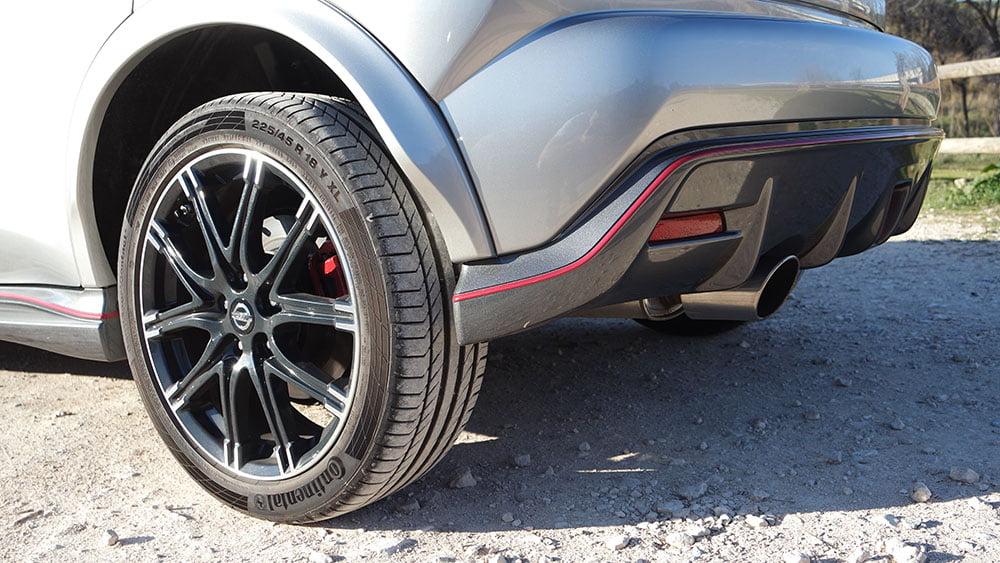 Nissan Juke Nismo RS detalle rueda y llanta