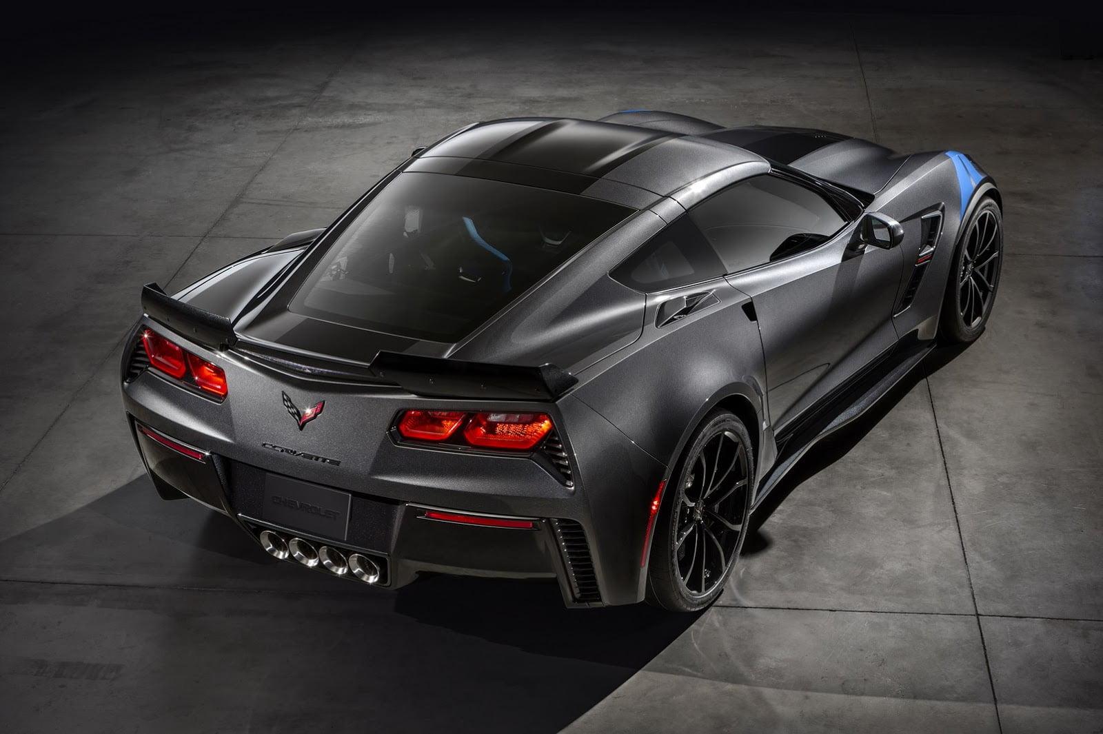Chevrolet-Corvette-GrandSport-2