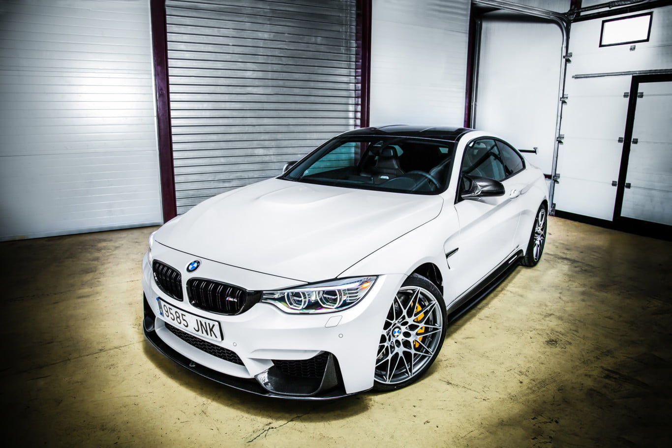 bmw m4 cs frontal