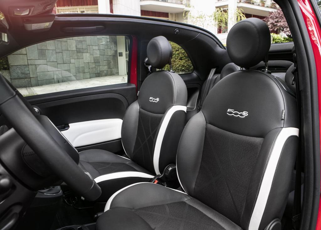 interior fiat 500s cabrio