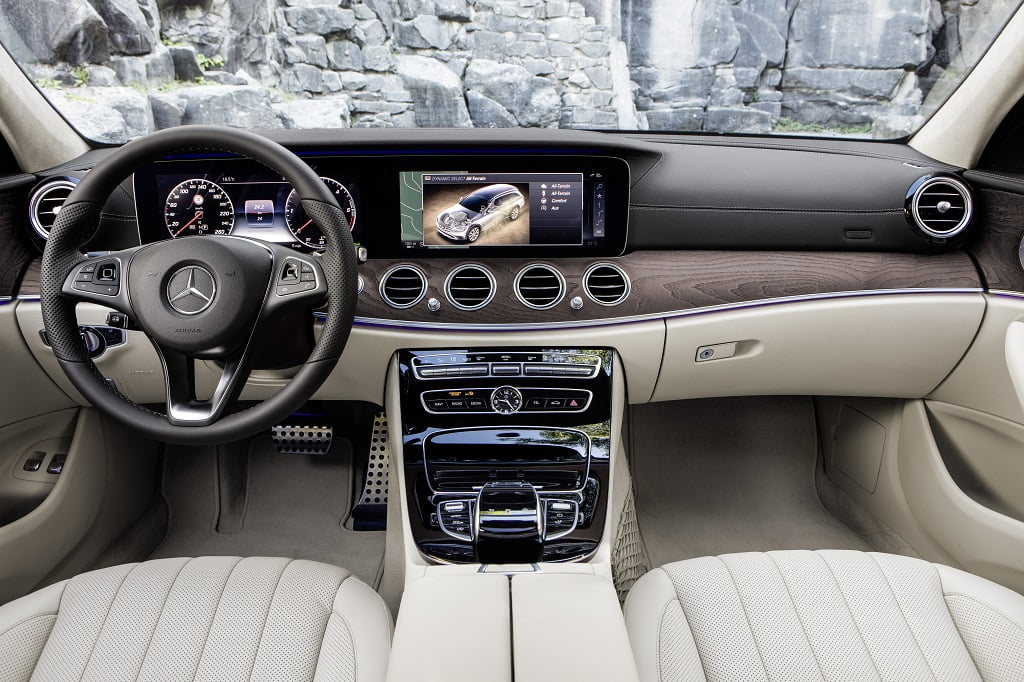 interior del mercedes clase e all terrain