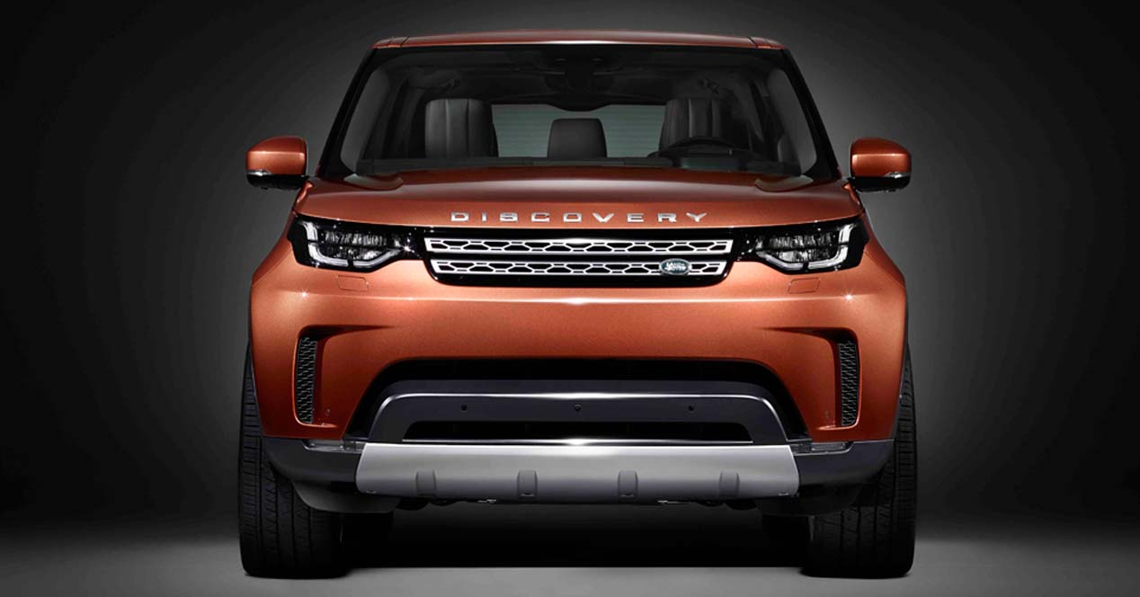 foto frontal del land rover discovery 2017
