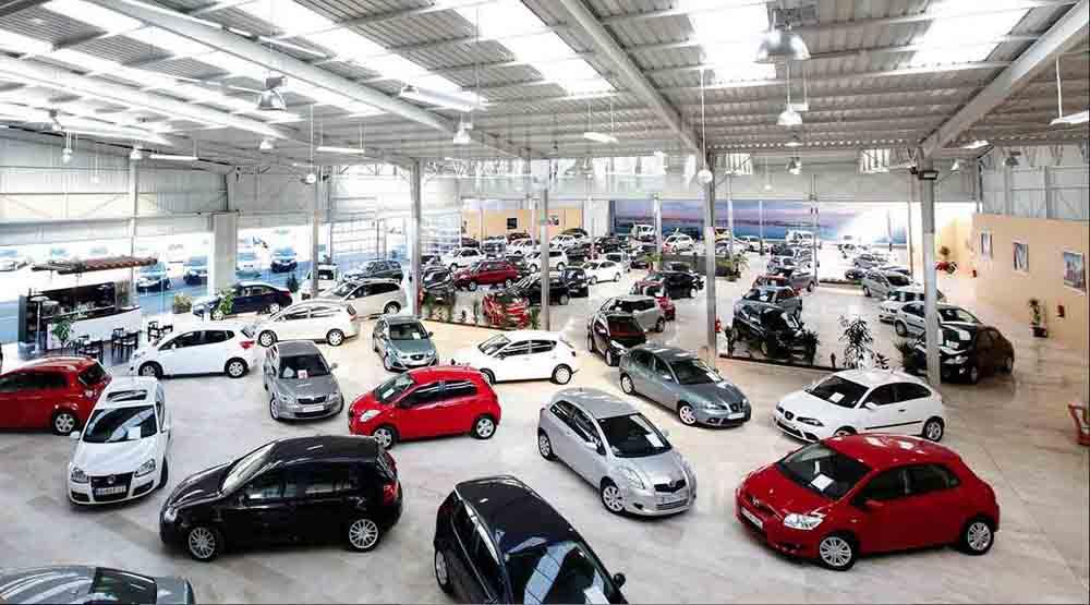 concesionario de coches nuevos
