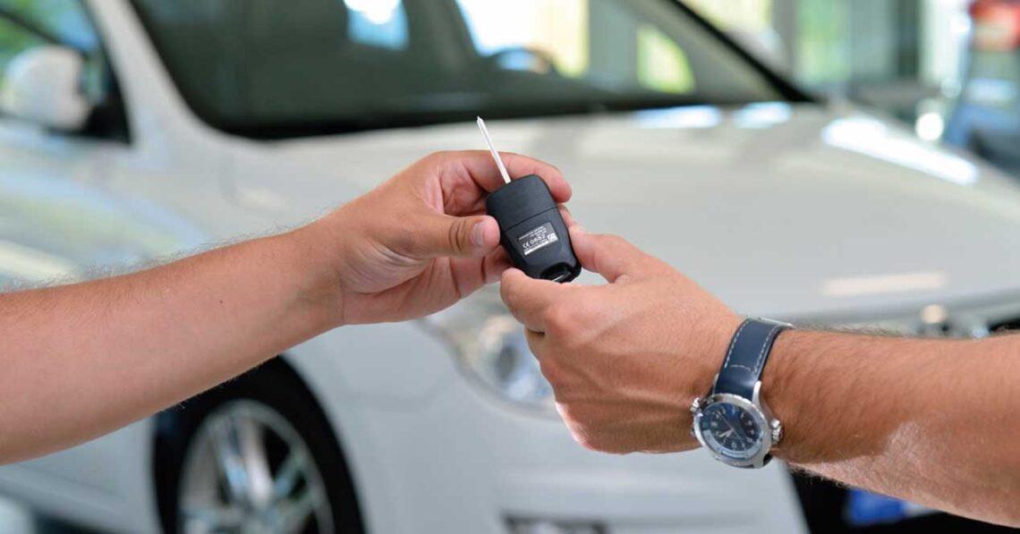 entrega de llaves de coche nuevo
