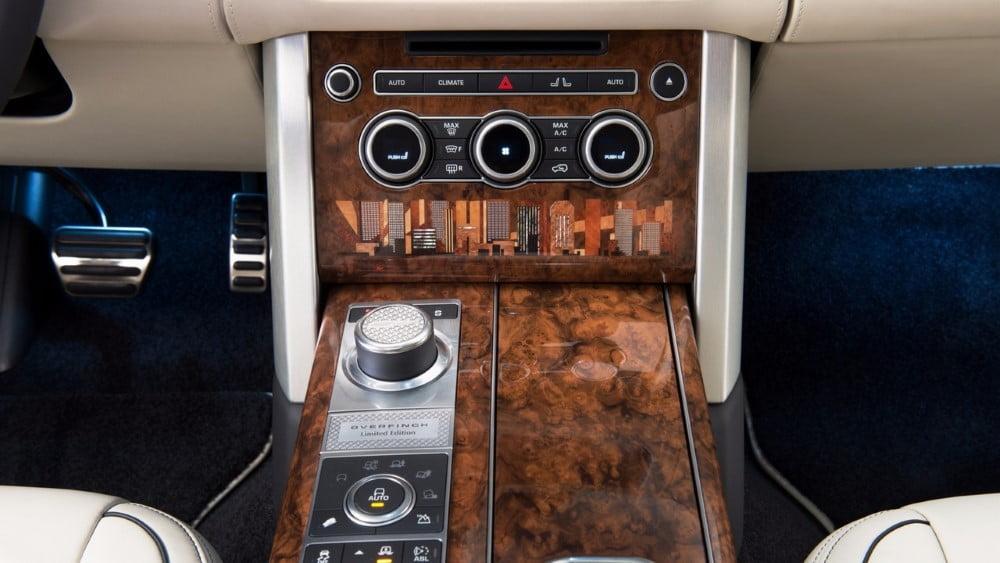 interior del range rover overfinch