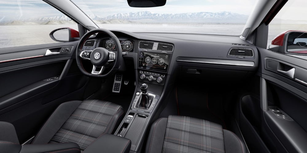interior-volkswagen-golf-gti-2017