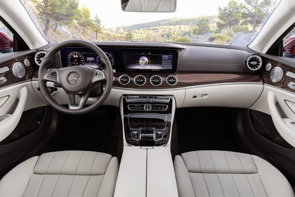 interior del mercedes clase e coupe 2017