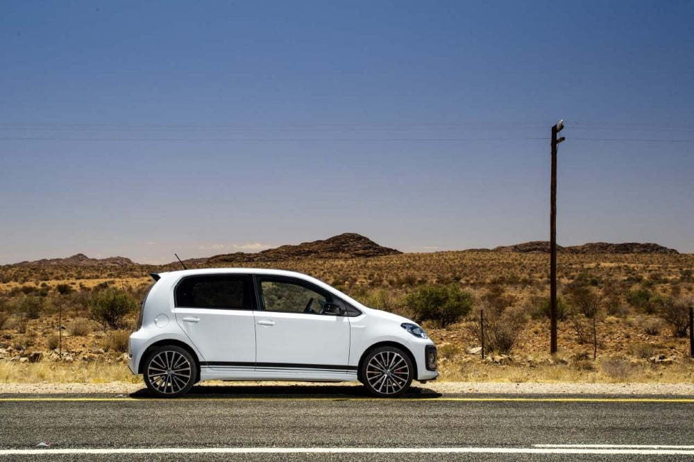lateral volkswagen up gti