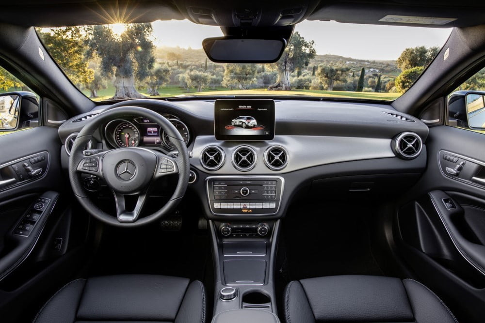 interior del mercedes-benz gla 2017