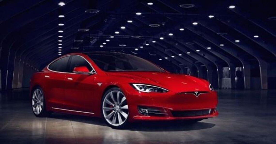 Tesla Motors ha muerto: ¡larga vida a Tesla Inc!