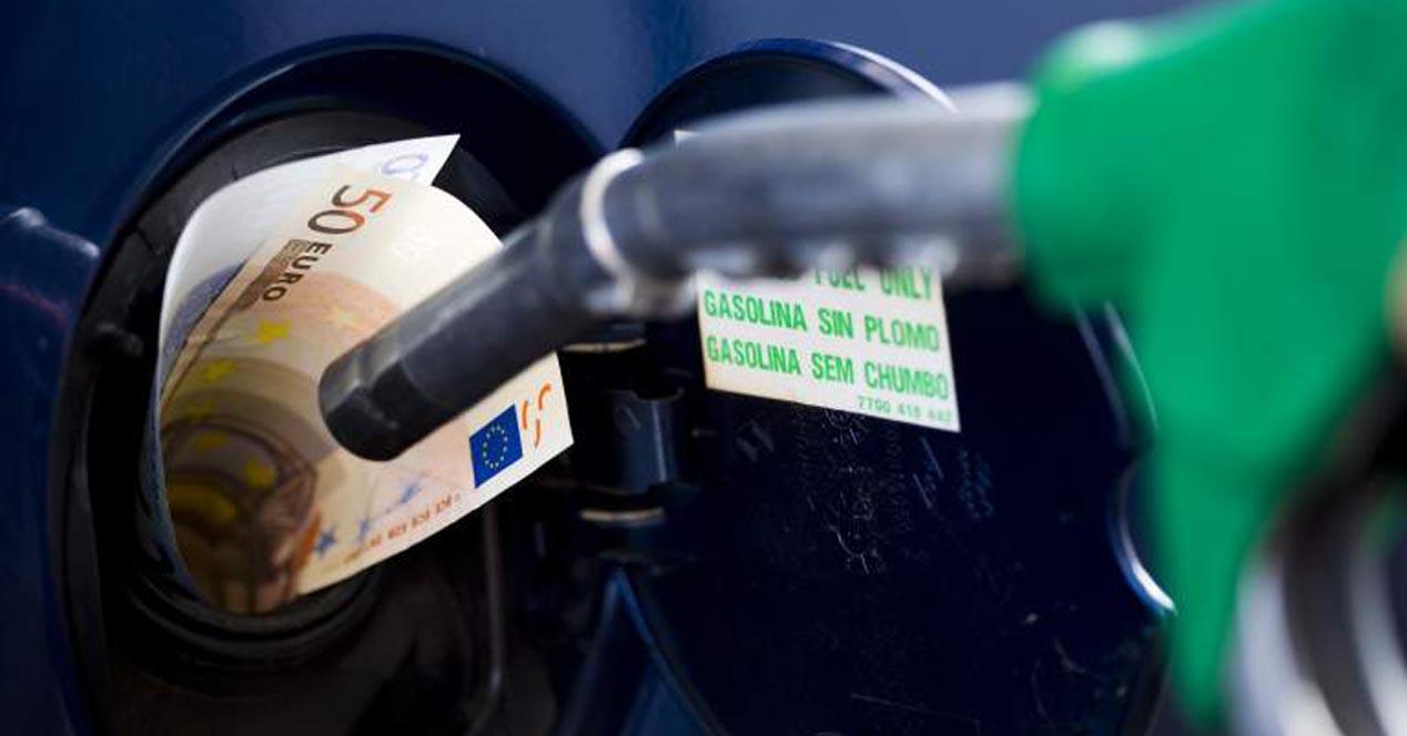 dinero gasolina