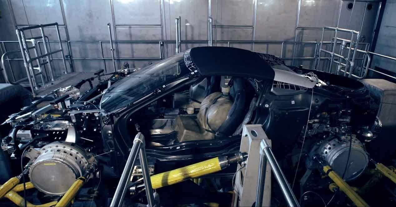 bmw i8 roadster cadena montaje