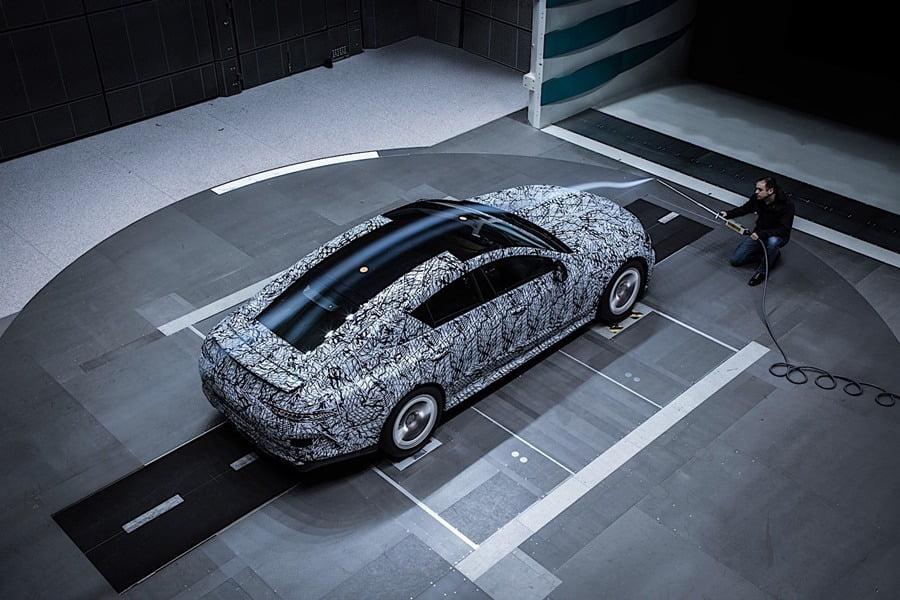 Mercedes-AMG GT4_0