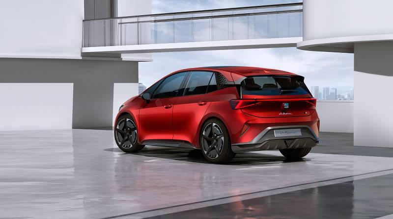 SEAT el-Born: 204 CV y 62 kWh para 420 km de autonomía eléctrica
