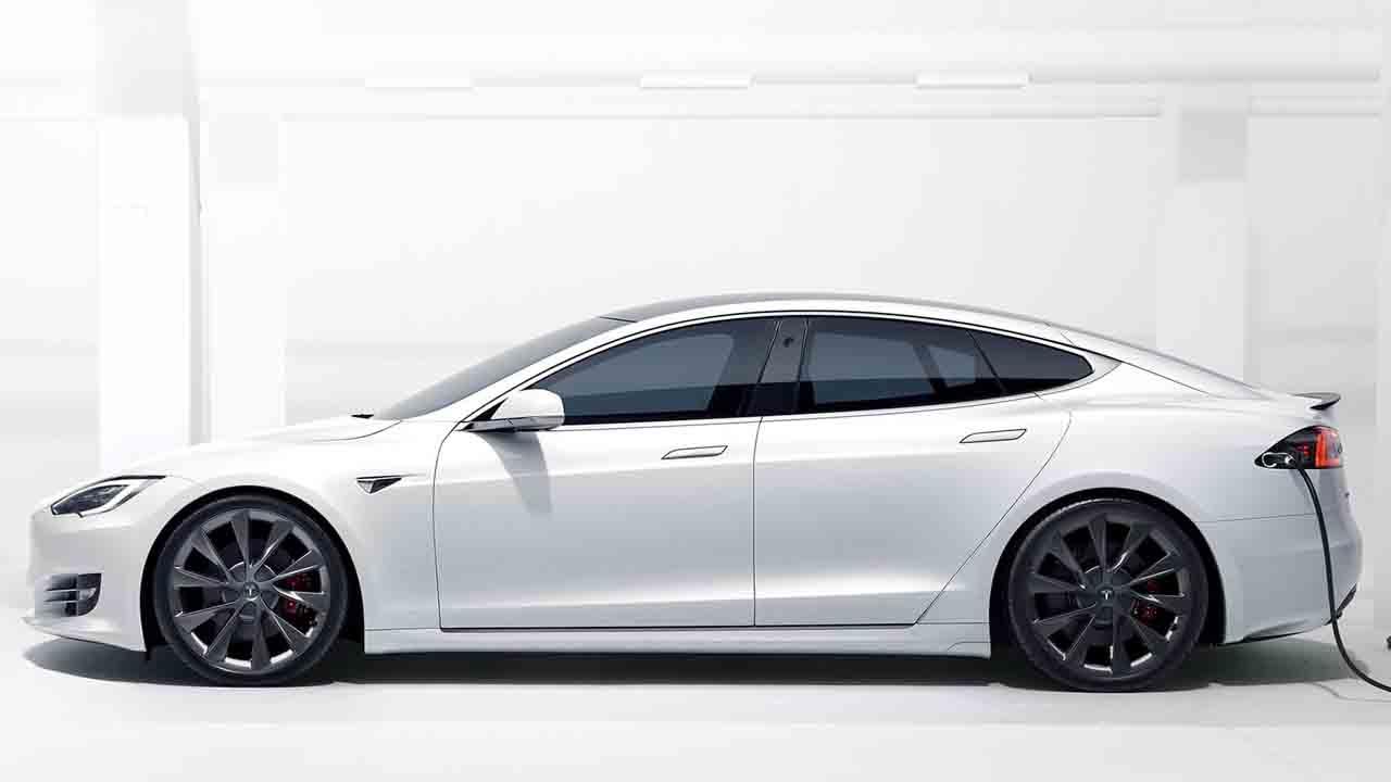 Posible restyling de los Tesla Model S y X: se pausa su producción